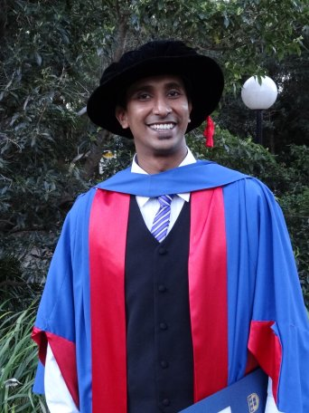 Nishad Mendis Graduation Photo
